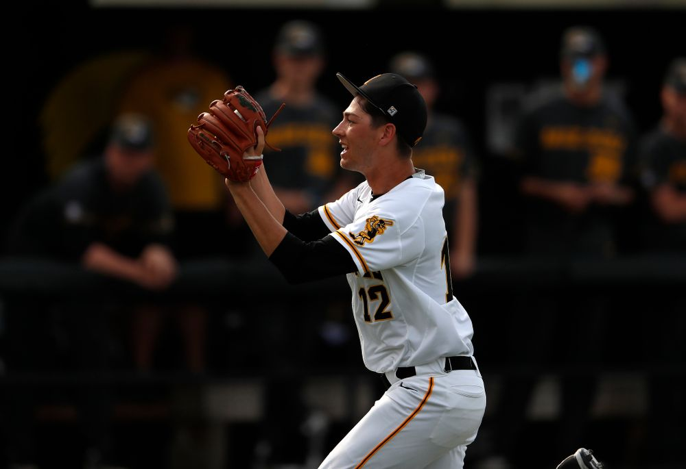 Iowa Hawkeyes pitcher Nick Nelsen (12) against the Missouri Tigers Tuesday, May 1, 2018 at Duane Banks Field. (Brian Ray/hawkeyesports.com)