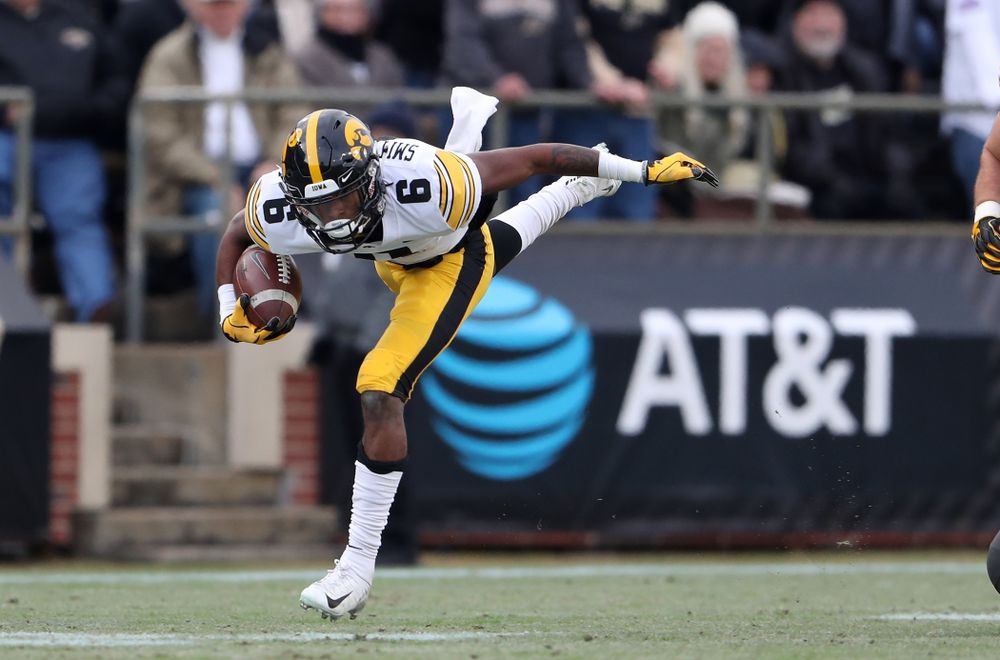 Iowa Hawkeyes wide receiver Ihmir Smith-Marsette (6) against the Purdue Boilermakers Saturday, November 3, 2018 Ross Ade Stadium in West Lafayette, Ind. (Brian Ray/hawkeyesports.com)