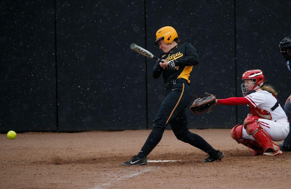 Iowa Hawkeyes infielder Mallory Kilian (11)