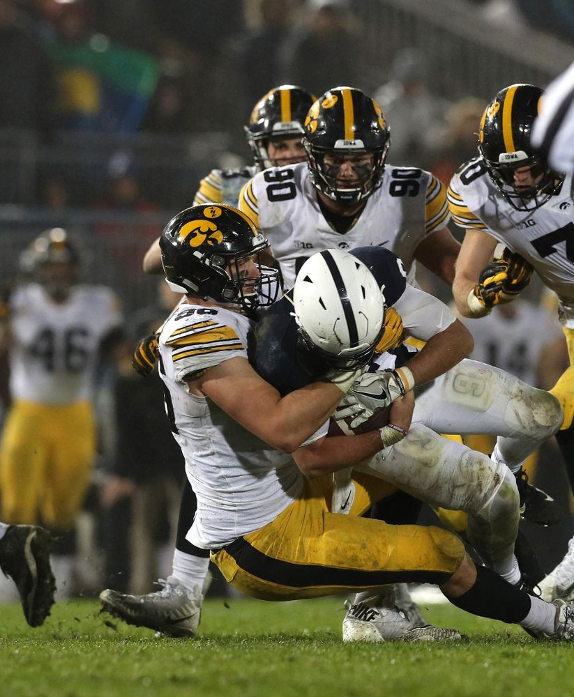 Iowa Hawkeyes defensive end Matt Nelson (96) against the Penn State Nittany Lions Saturday, October 27, 2018 at Beaver Stadium in University Park, Pa. (Brian Ray/hawkeyesports.com)