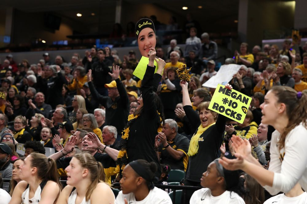 Eva Gustafson against the Indiana Hoosiers in the quarterfinals of the Big Ten Tournament Friday, March 8, 2019 at Bankers Life Fieldhouse in Indianapolis, Ind. (Brian Ray/hawkeyesports.com)