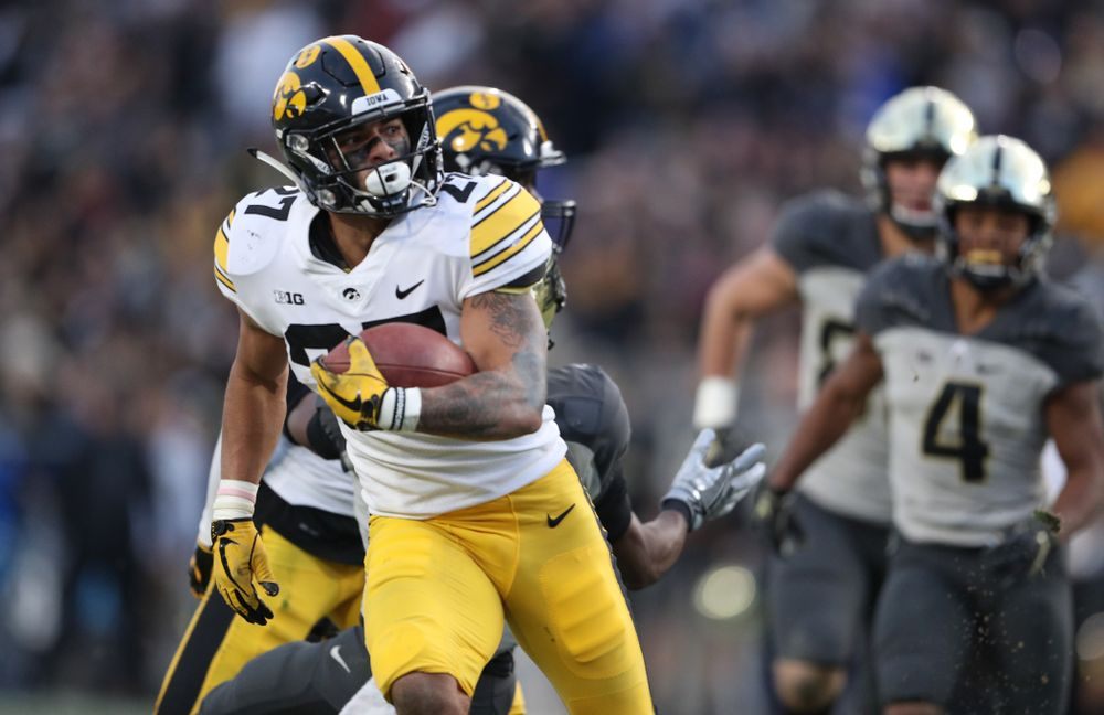 Iowa Hawkeyes defensive back Amani Hooker (27) against the Purdue Boilermakers Saturday, November 3, 2018 Ross Ade Stadium in West Lafayette, Ind. (Brian Ray/hawkeyesports.com)
