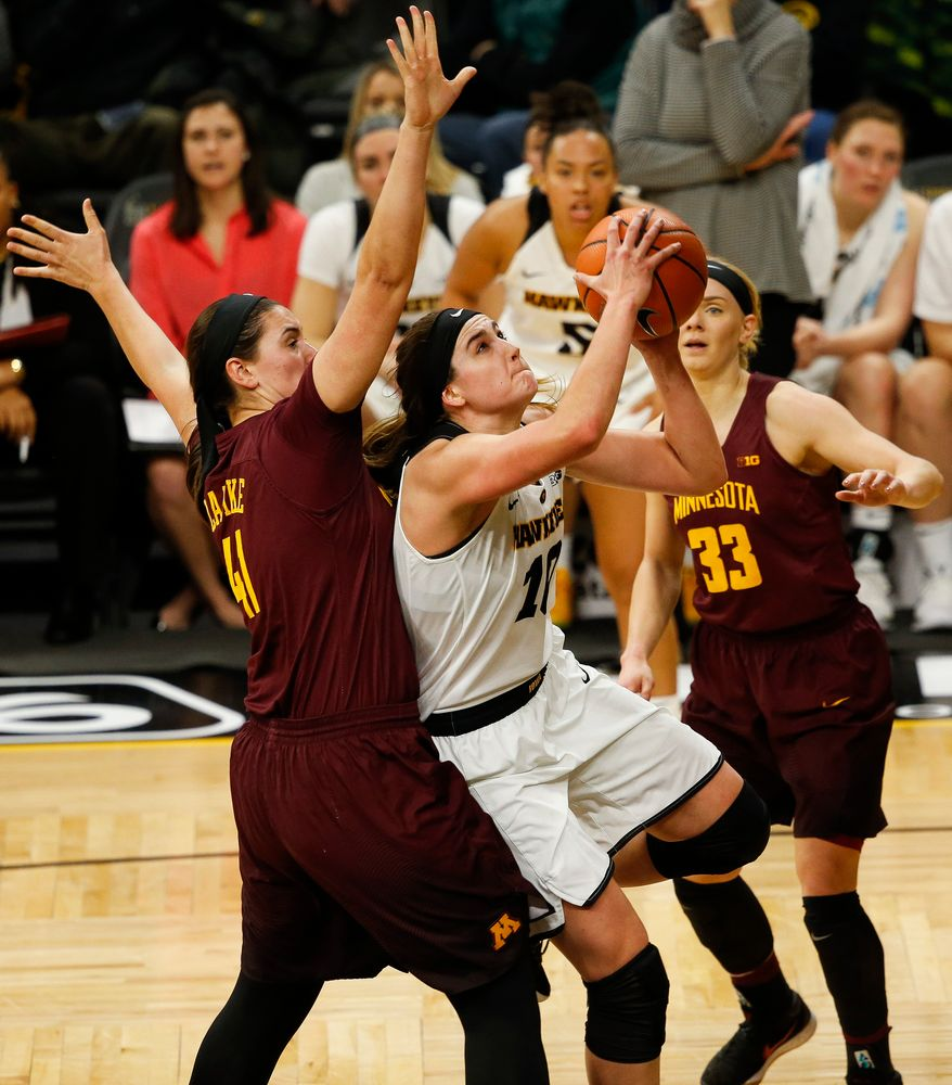 Iowa Hawkeyes forward Megan Gustafson (10)