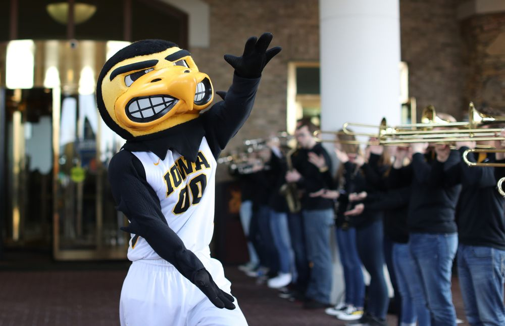 Herky The Hawk during a send off at the hotel before their game against the NC State Wolfpack in the regional semi-final of the 2019 NCAA Women's College Basketball Tournament Saturday, March 30, 2019 at Greensboro Coliseum in Greensboro, NC.(Brian Ray/hawkeyesports.com)