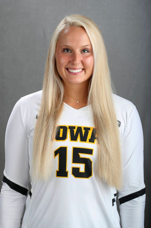 Maddie Slagle - Volleyball - University of Iowa Athletics