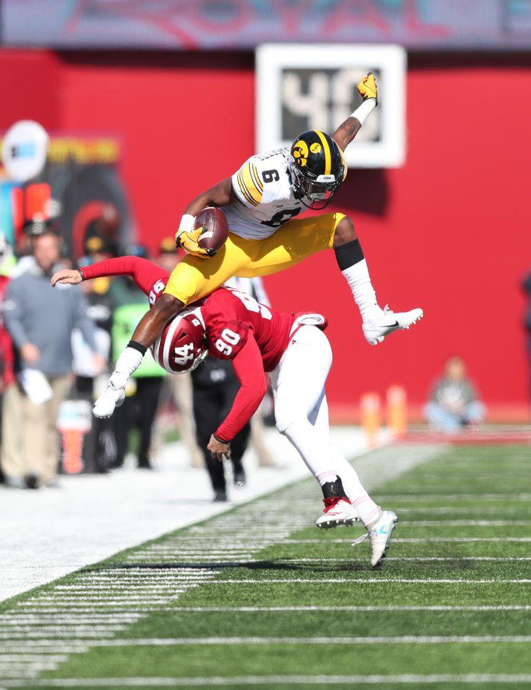 Iowa Hawkeyes wide receiver Ihmir Smith-Marsette (6) against the Indiana Hoosiers Saturday, October 13, 2018 at Memorial Stadium, in Bloomington, Ind. (Max Allen/hawkeyesports.com)