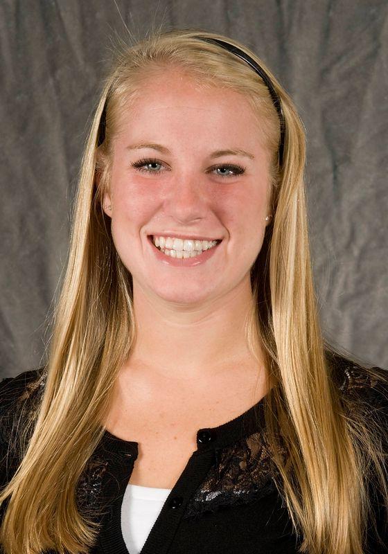 Jackie Laesch - Women's Cross Country - University of Iowa Athletics