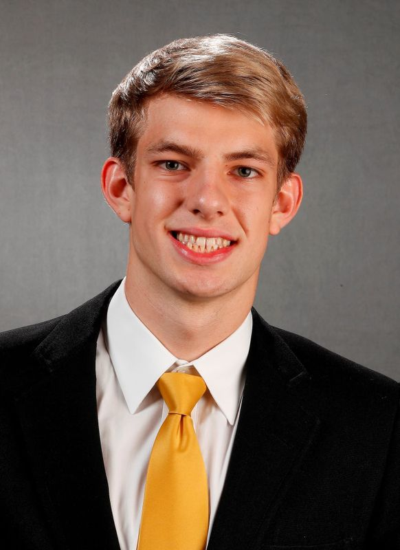Jackson Allmon - Men's Swim & Dive - University of Iowa Athletics