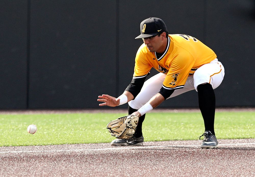 Iowa Hawkeyes third baseman Matthew Sosa (31) fields a ground ball during the second inning of their game against Northern Illinois at Duane Banks Field in Iowa City on Tuesday, Apr. 16, 2019. (Stephen Mally/hawkeyesports.com)