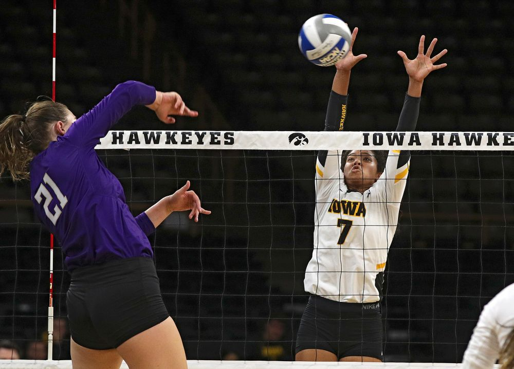 Iowa's Brie Orr (7) gets her hands on a shot during their Big Ten/Pac-12 Challenge match at Carver-Hawkeye Arena in Iowa City on Saturday, Sep 7, 2019. (Stephen Mally/hawkeyesports.com)