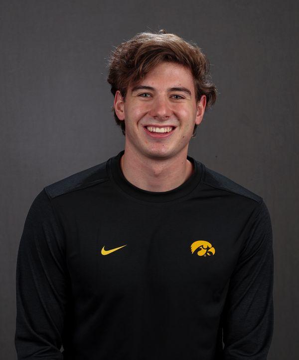 Charlie Feller - Men's Swim & Dive - University of Iowa Athletics