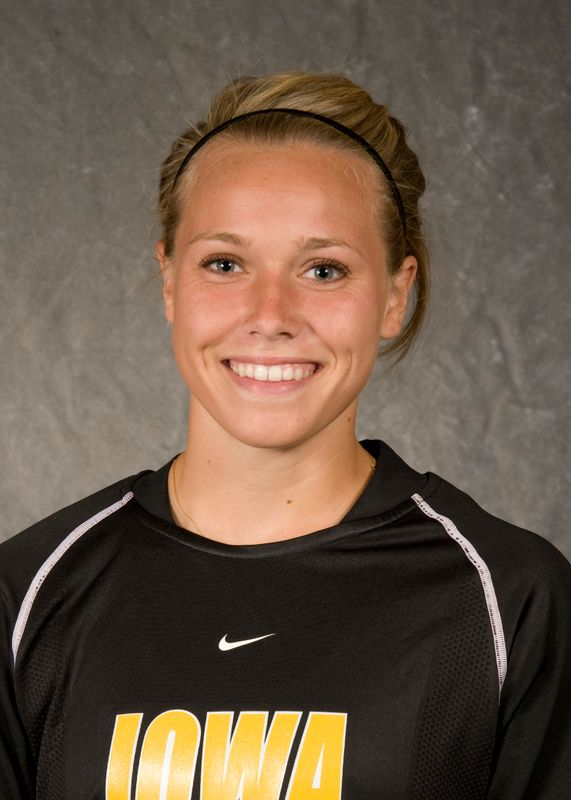 Alyssa Cosnek - Women's Soccer - University of Iowa Athletics