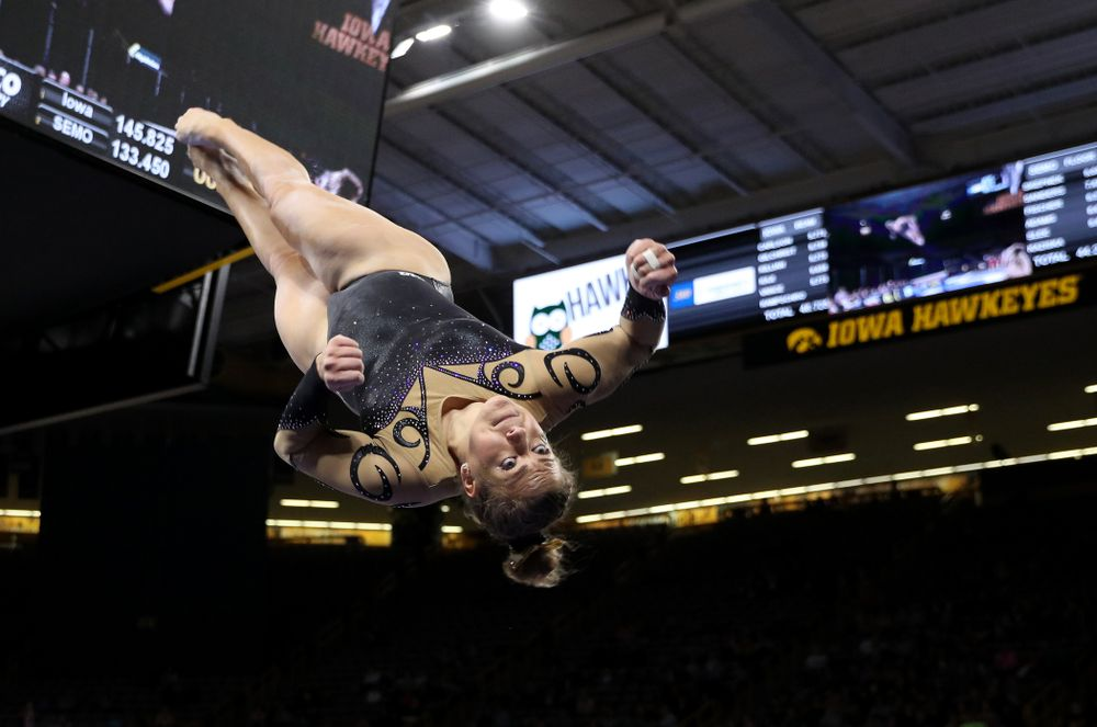 Iowa's Emma Hartzler competes on the beam during their meet against Southeast Missouri State Friday, January 11, 2019 at Carver-Hawkeye Arena. (Brian Ray/hawkeyesports.com)