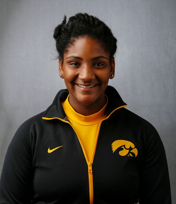 Gabrielle Watson - Women's Rowing - University of Iowa Athletics