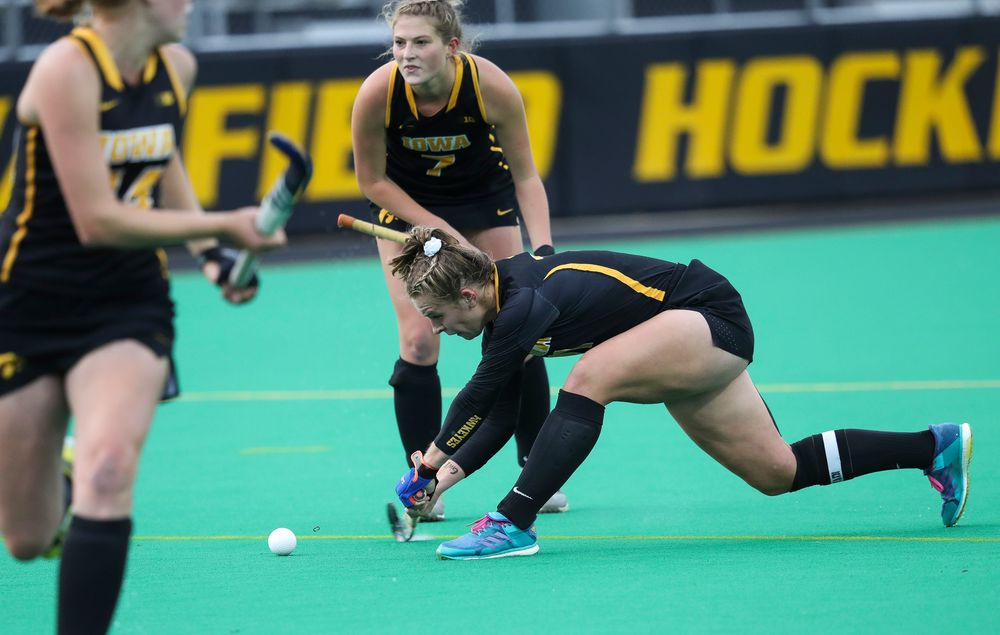 Iowa Hawkeyes midfielder Katie Birch (11) takes a shot on a penalty corner during a game against No. 6 Penn State at Grant Field on October 12, 2018. (Tork Mason/hawkeyesports.com)