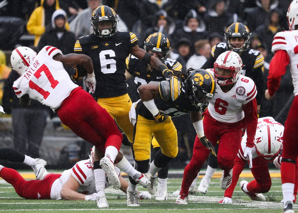 Iowa Hawkeyes wide receiver Ihmir Smith-Marsette (6) returns a kickoff during a game against Nebraska at Kinnick Stadium on November 23, 2018. (Tork Mason/hawkeyesports.com)