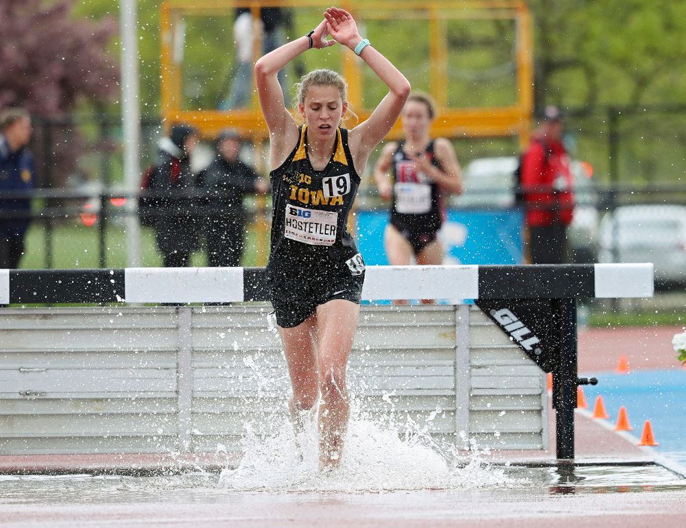 Iowa's Anna Hostetler runs in the women's 3000 meter steeplechase event on the second day of the Big Ten Outdoor Track and Field Championships at Francis X. Cretzmeyer Track in Iowa City on Saturday, May. 11, 2019. (Stephen Mally/hawkeyesports.com)