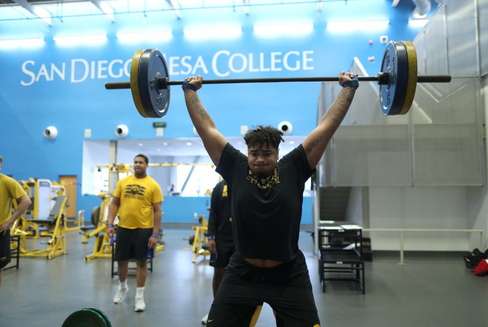 Iowa Hawkeyes offensive lineman Tristan Wirfs (74) lifts before practice Sunday, December 22, 2019 at Mesa College in San Diego. (Brian Ray/hawkeyesports.com)