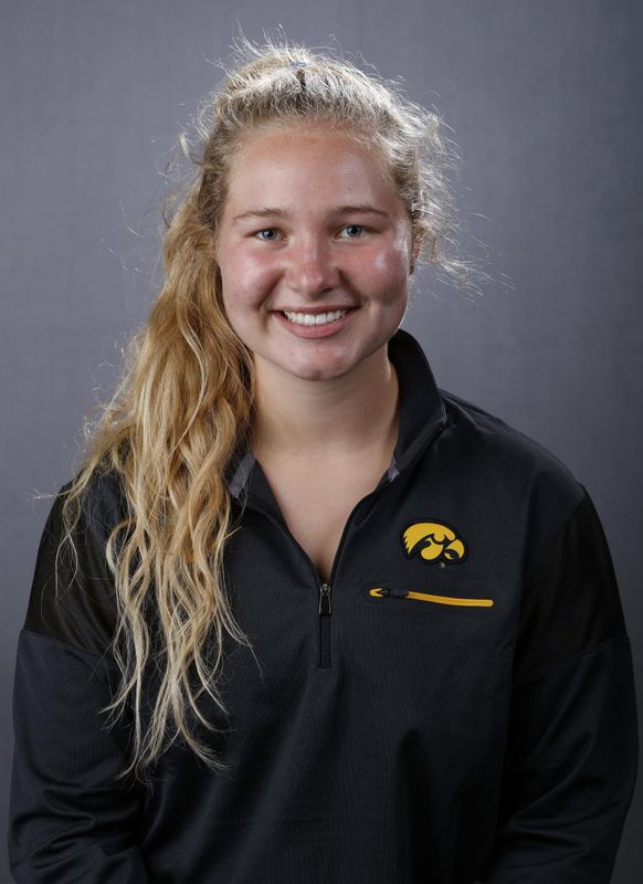 Claire Rutherford - Women's Rowing - University of Iowa Athletics