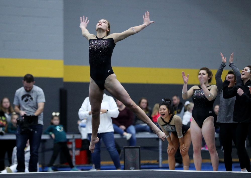 Iowa's Mackenzie Vance competes on the floor during the Black and Gold intrasquad meet Saturday, December 1, 2018 at the University of Iowa Field House. (Brian Ray/hawkeyesports.com)