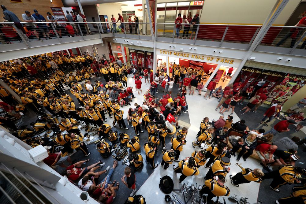 The marching bands take shelter during a weather delay in the Iowa Hawkeyes game against the Iowa State Cyclones Saturday, September 14, 2019 at Jack Trice Stadium in Ames, Iowa. (Brian Ray/hawkeyesports.com)