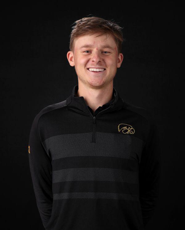 Benton  Weinberg - Men's Golf - University of Iowa Athletics