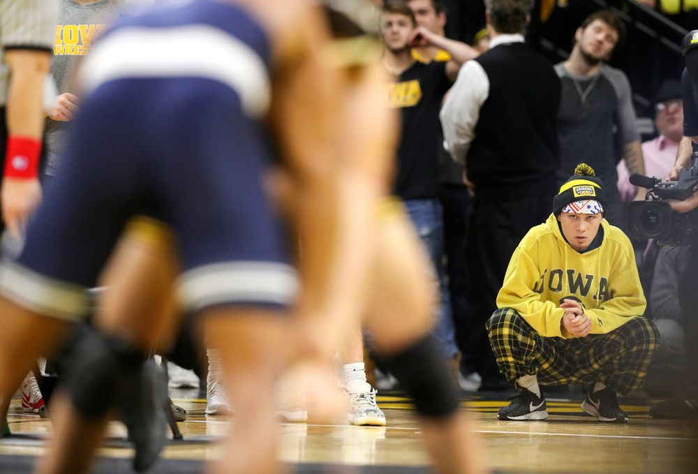 Iowa's Spencer Lee looks on as Michael Kemerer wrestles Penn State's Mark Hall in his 174-pound match during their dual at Carver-Hawkeye Arena in Iowa City on Friday, January 31, 2020. (Stephen Mally/hawkeyesports.com)