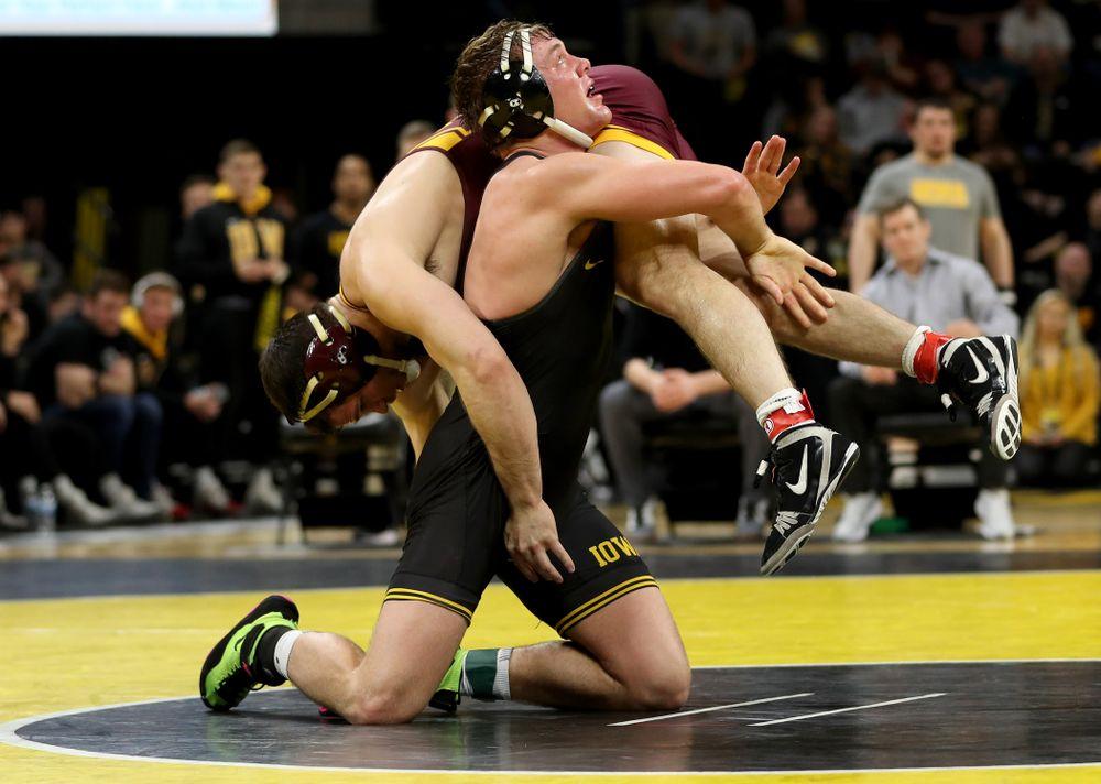 Iowa's Jacob Warner wrestles Minnesota's Hunter Ritter at 197 pounds Saturday, February 15, 2020 at Carver-Hawkeye Arena. Warner won the match 13-4. (Brian Ray/hawkeyesports.com)