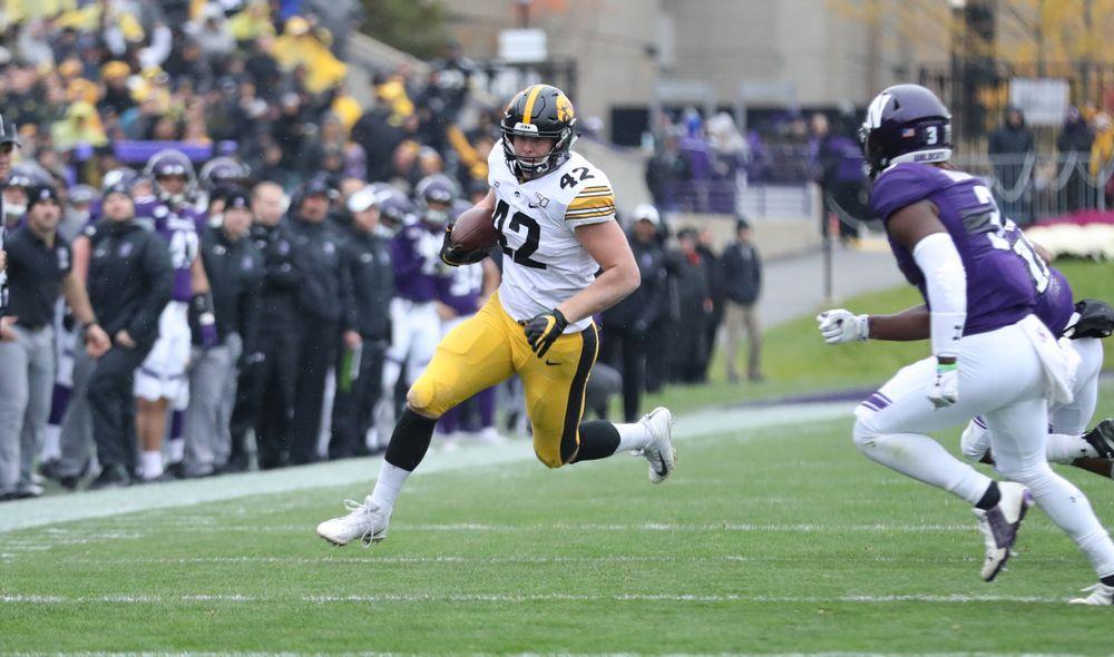 Iowa Hawkeyes tight end Shaun Beyer (42) against the Northwestern Wildcats Saturday, September 28, 2019 at Kinnick Stadium. (Max Allen/hawkeyesports.com)