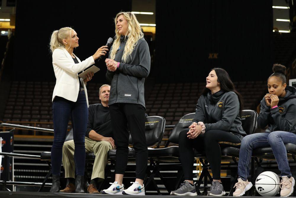 Laura Vandenberg interviews Iowa Hawkeyes forward Hannah Stewart (21) during the teamÕs Celebr-Eight event Wednesday, April 24, 2019 at Carver-Hawkeye Arena. (Brian Ray/hawkeyesports.com)