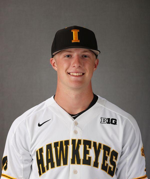 Ty Langenberg - Baseball - University of Iowa Athletics