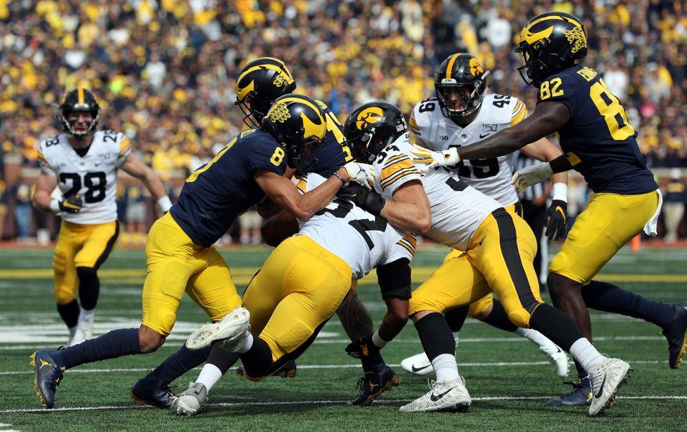 Iowa Hawkeyes linebacker Kristian Welch (34) against the Michigan Wolverines Saturday, October 5, 2019 at Michigan Stadium in Ann Arbor, MI. (Brian Ray/hawkeyesports.com)