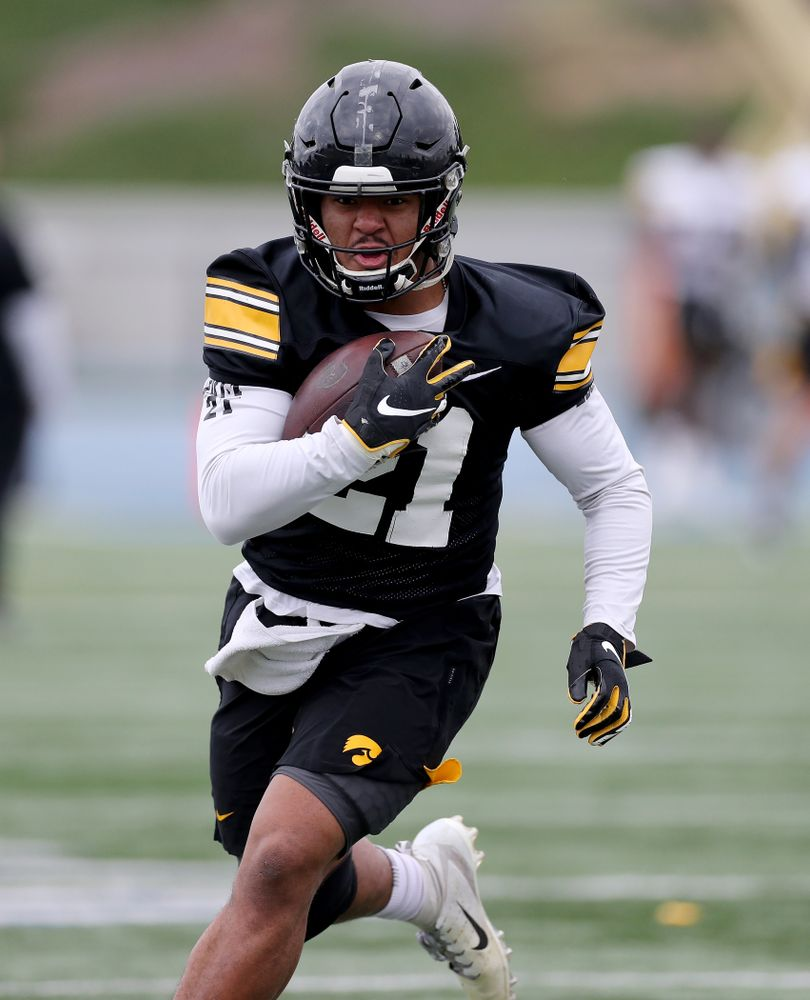 Iowa Hawkeyes running back Ivory Kelly-Martin (21) during practice Sunday, December 22, 2019 at Mesa College in San Diego. (Brian Ray/hawkeyesports.com)