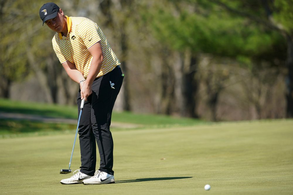 Iowa's Alex Schaake putts during the third round of the Hawkeye Invitational at Finkbine Golf Course in Iowa City on Sunday, Apr. 21, 2019. (Stephen Mally/hawkeyesports.com)