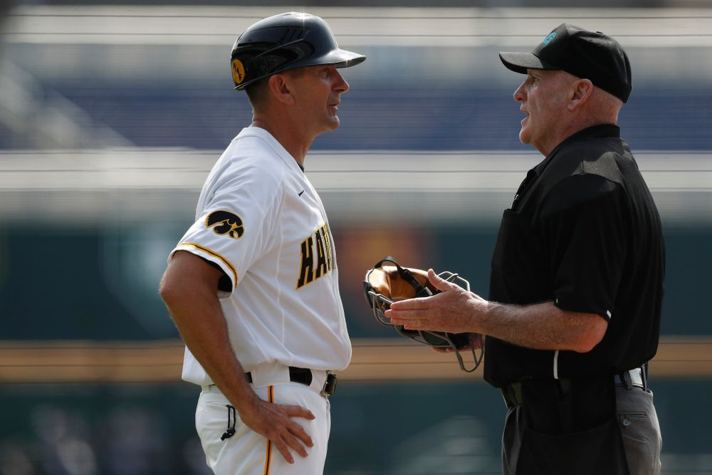 Iowa Hawkeyes head coach Rick Heller against the Ohio State Buckeyes in the second round of the Big Ten Baseball Tournament  Thursday, May 24, 2018 at TD Ameritrade Park in Omaha, Neb. (Brian Ray/hawkeyesports.com)