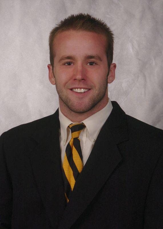Austin Signor - Football - University of Iowa Athletics