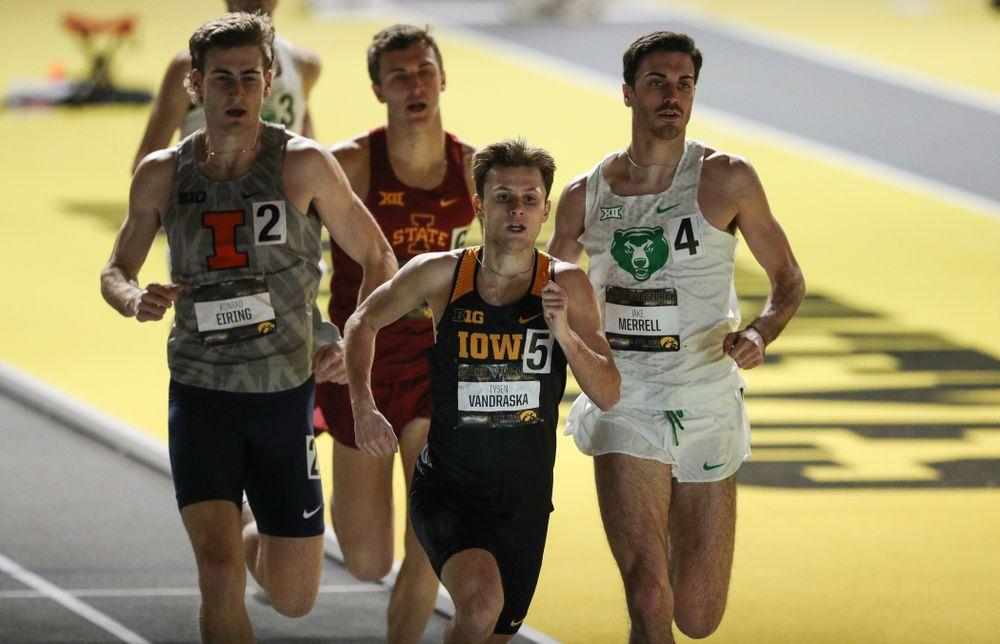 Iowa's Tyler VanDraska runs the 1000 meters during the 2019 Larry Wieczorek Invitational  Friday, January 18, 2019 at the Hawkeye Tennis and Recreation Center. (Brian Ray/hawkeyesports.com)