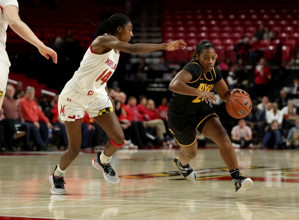 Iowa Hawkeyes guard Zion Sanders (21) against the Maryland Terrapins Thursday, February 13, 2020 at the Xfinity Center in College Park, MD. (Brian Ray/hawkeyesports.com)