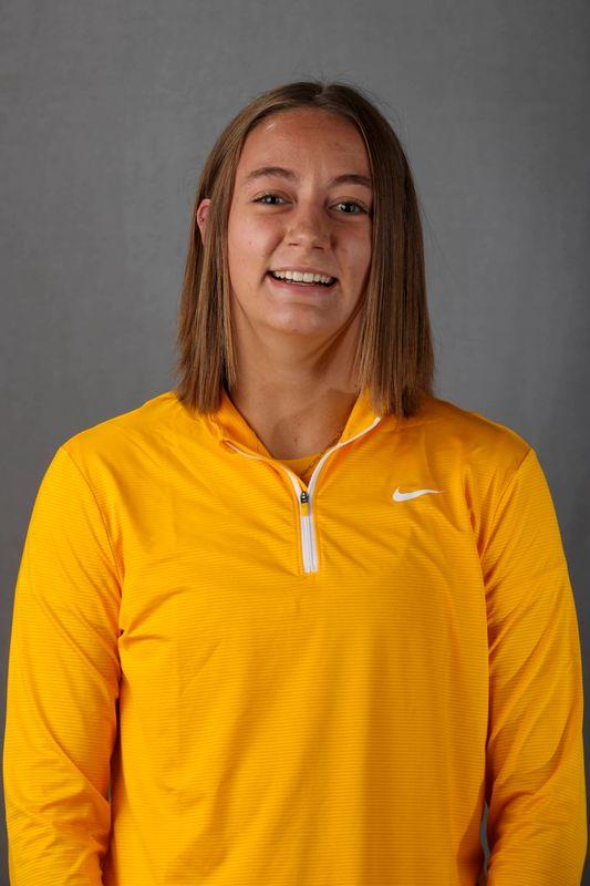 Margaret Toennis - Women's Rowing - University of Iowa Athletics