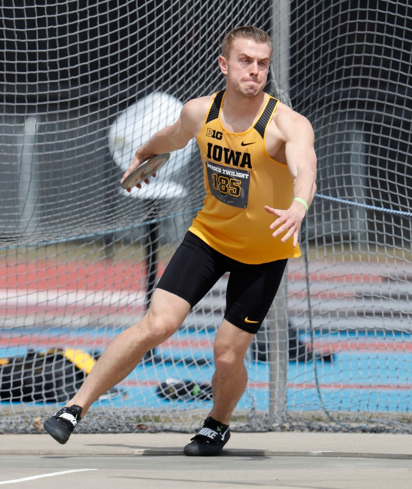 Iowa's William Dougherty competes in the discus during the 2018 MUSCO Twilight Invitational  Thursday, April 12, 2018 at the Cretzmeyer Track. (Brian Ray/hawkeyesports.com)
