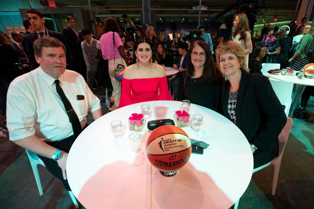 Iowa Hawkeyes forward Megan Gustafson (10) and her family during the 2019 WNBA Draft Wednesday, April 10, 2019 at Nike New York Headquarters in New York City. (Brian Ray/hawkeyesports.com)