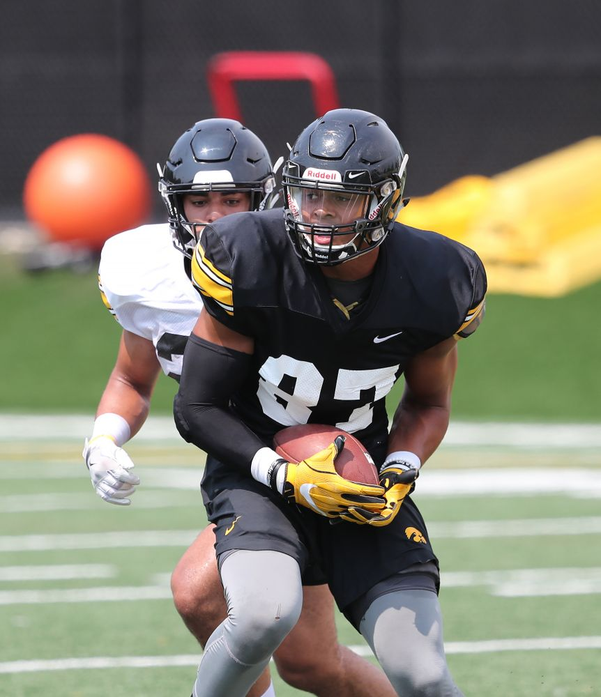 Iowa Hawkeyes tight end Noah Fant (87) during the third practice of fall camp Sunday, August 5, 2018 at the Kenyon Football Practice Facility. (Brian Ray/hawkeyesports.com)