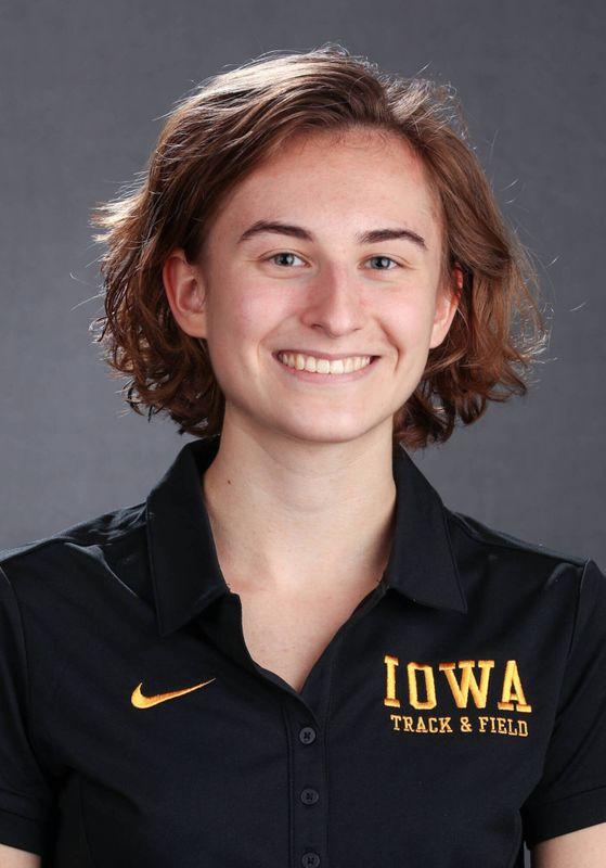 Grace McCabe - Women's Cross Country - University of Iowa Athletics
