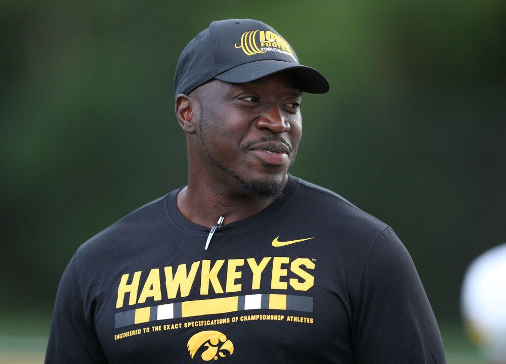 Former Hawkeye Linebacker Abdul Hodge
