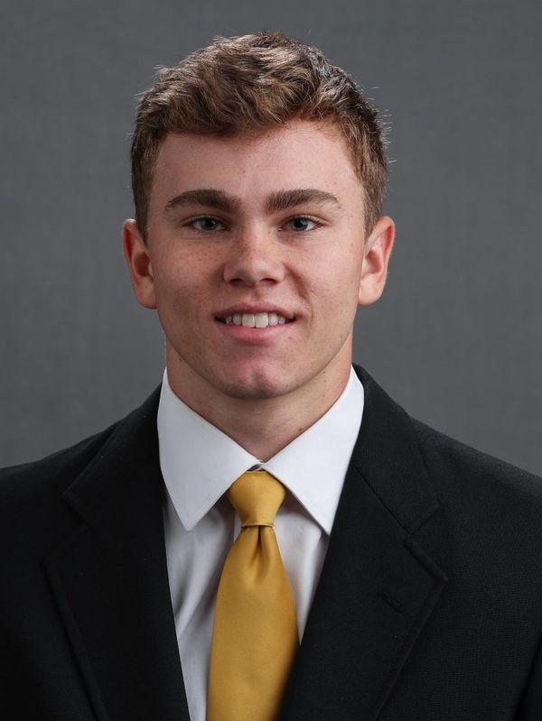 Thomas Hartlieb - Football - University of Iowa Athletics