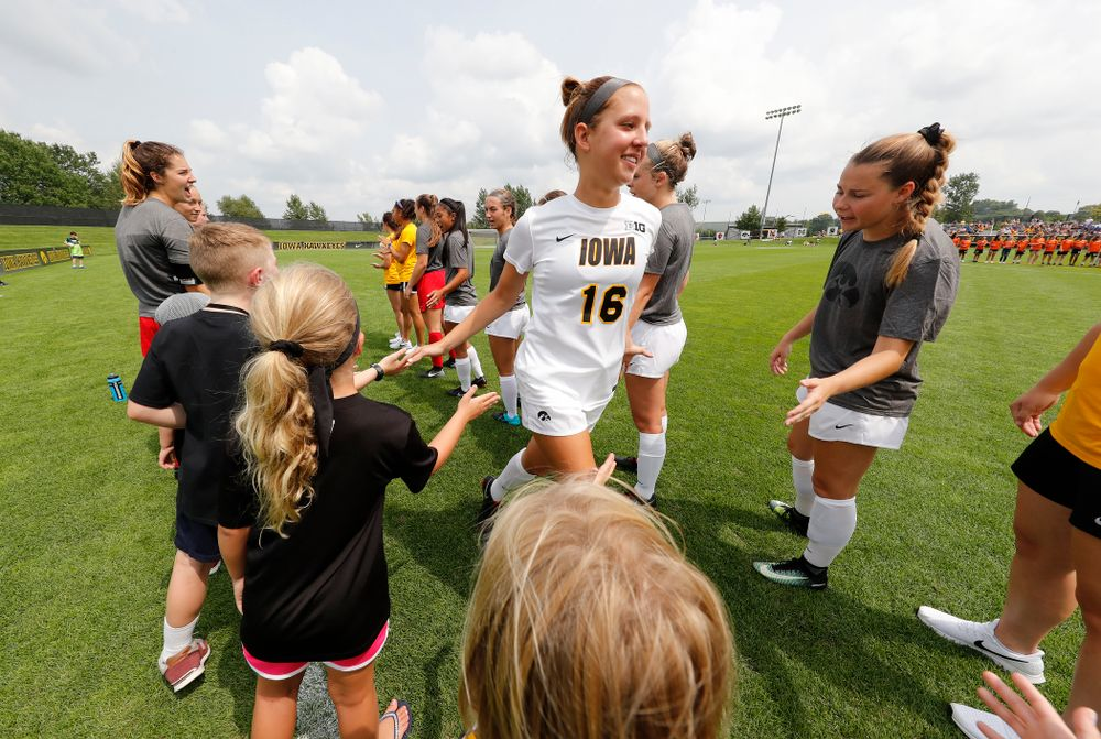 Iowa Hawkeyes Olivia Hellweg (16) against the Creighton Bluejays  Sunday, August 19, 2018 at the Iowa Soccer Complex. (Brian Ray/hawkeyesports.com)