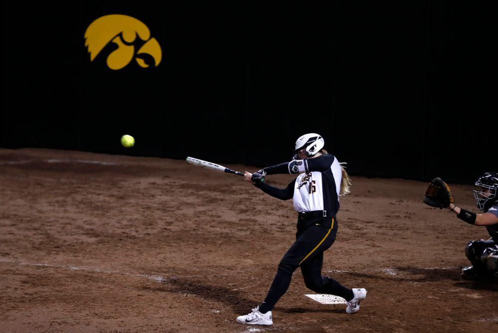 Iowa Hawkeyes catcher Brooke Rozier (16) against Western Illinois Tuesday, April 17, 2018 at Bob Pearl Field. (Brian Ray/hawkeyesports.com)