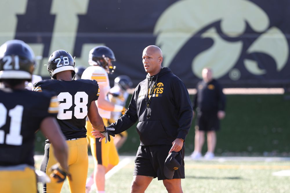 Iowa Hawkeyes Special Teams coordinator LeVar Woods during the teamÕs final spring practice Friday, April 26, 2019 at the Kenyon Football Practice Facility. (Brian Ray/hawkeyesports.com)