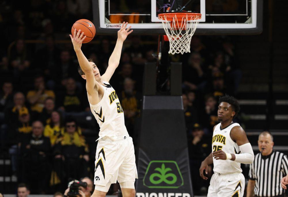 Iowa Hawkeyes forward Nicholas Baer (51) against the Michigan Wolverines Friday, February 1, 2019 at Carver-Hawkeye Arena. (Brian Ray/hawkeyesports.com)