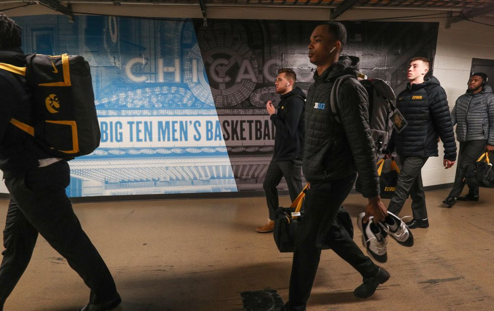 The Iowa Hawkeyes arrive for their game against the Illinois Fighting Illini in the 2019 Big Ten Men's Basketball Tournament Thursday, March 14, 2019 at the United Center in Chicago. (Brian Ray/hawkeyesports.com)